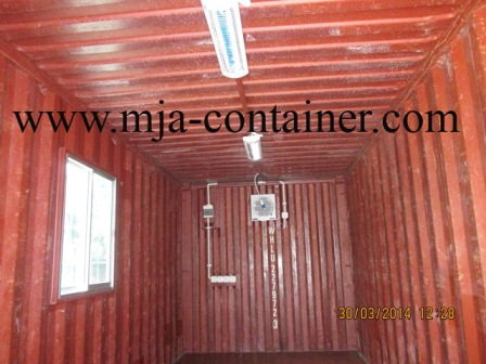 container gudang 2